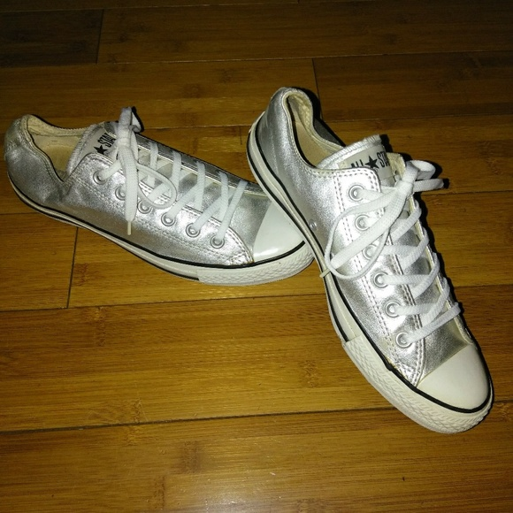 Vintage Silver Leather Chuck Taylor